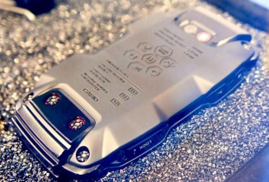 Новый защищенный смартфон Casio G-Shock
