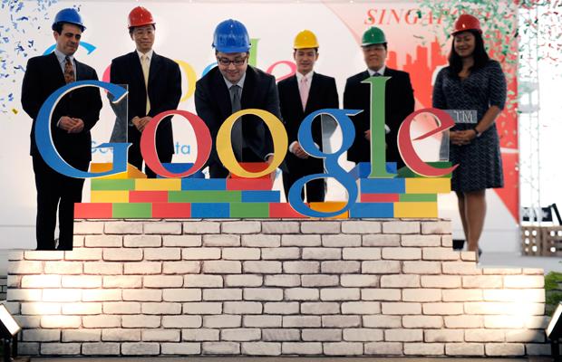 Покупка компании Motorola Google\'ом одобрена и США