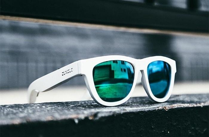 Компания Zungle представила солнечные очки, которые совмещены с наушниками