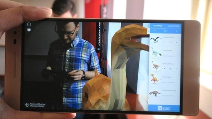Демонстрация внешнего вида экрана смартфона от  Леново Phab2 Pro