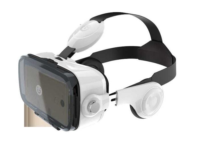 Смартфон с технологией виртуальной реальности