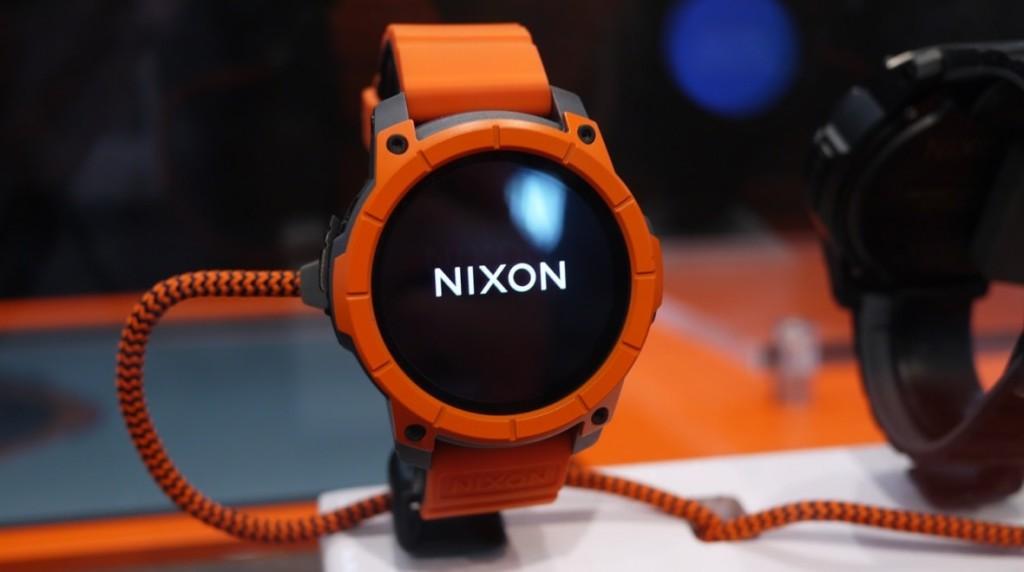 Часы nixon-mission