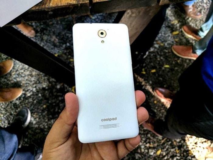 Смартфон coolpad-mega3
