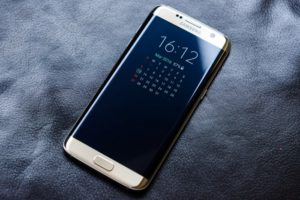 смартфон Galaxy 7